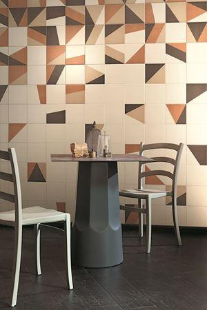 ceramica da rivestimento e pavimento fabrics tangram dipinto a mano  ceramica bardelli gres porcellanato geometria e colore blu verde marrone made in italy